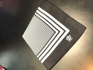 Picture of White & Black Pocket Square